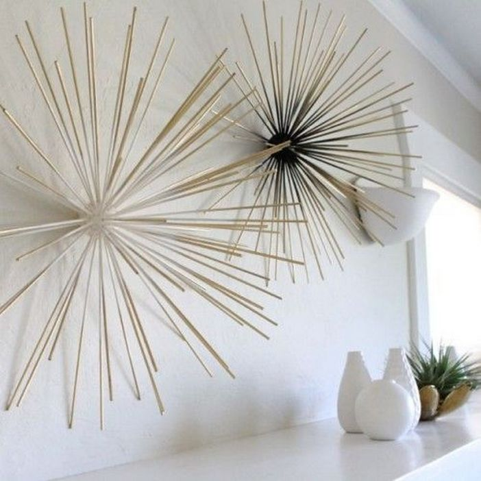 96 Modern Wall Decor Models That Make The Living Room Of Your House Come Alive 35