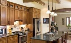 92 Models Of Cherry Kitchen Cabinets Are A Classic Alternative Choice To Meet Your Home Decor 14