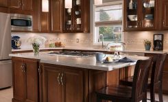 92 Models Of Cherry Kitchen Cabinets Are A Classic Alternative Choice To Meet Your Home Decor 19