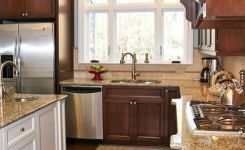92 Models Of Cherry Kitchen Cabinets Are A Classic Alternative Choice To Meet Your Home Decor 40