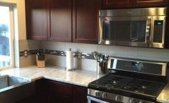92 Models Of Cherry Kitchen Cabinets Are A Classic Alternative Choice To Meet Your Home Decor 49