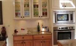92 Models Of Cherry Kitchen Cabinets Are A Classic Alternative Choice To Meet Your Home Decor 51