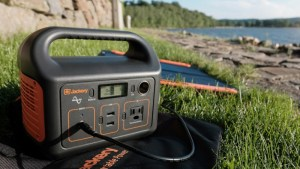 Jackery Explorer 240 Power Station