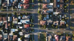 ANZ Chief Says House Prices Will Fall by 10%