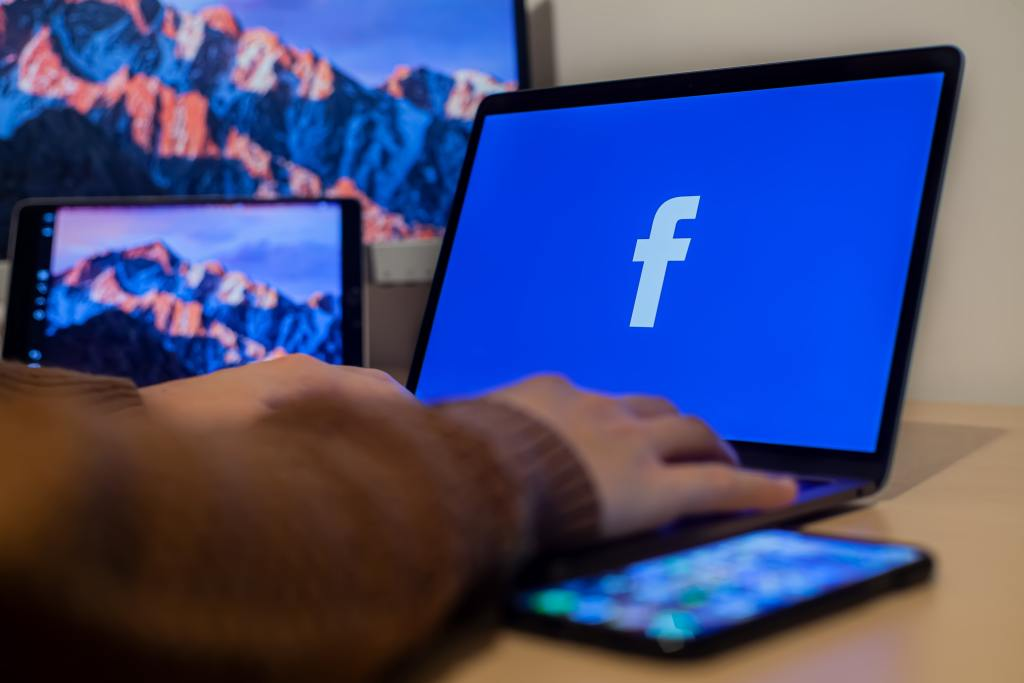 ACCC Takes Facebook To Court For Deceptive App