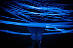 Electricity Retailers Must Pass $900m Savings to Households