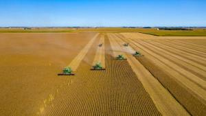 Agriculture Industry Would Benefit From Competition For Machine Repairs