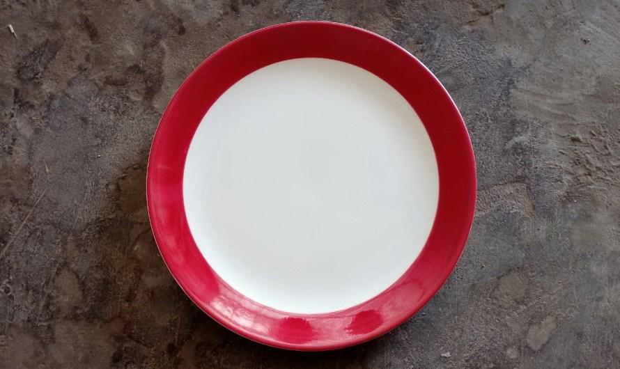 Dinner Sets – จานชามลายเส้น