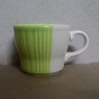 แก้วกาแฟสีเขียว
