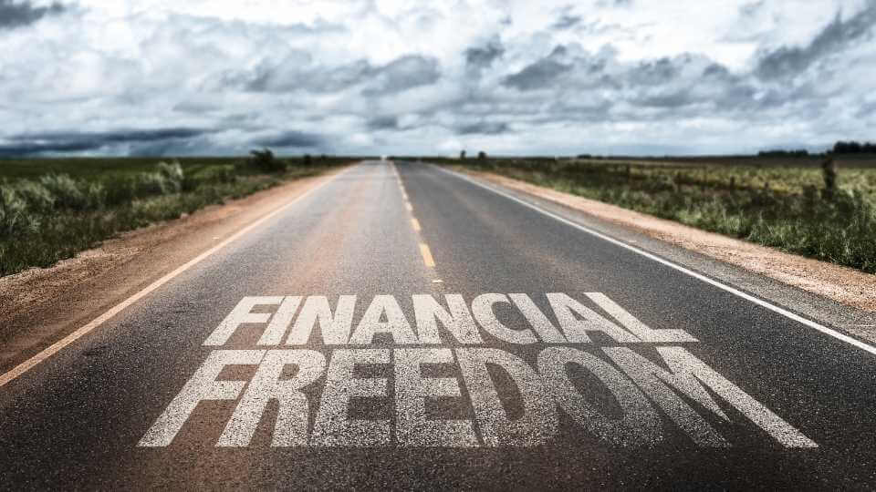 In this post, you will discover 7 easy steps to reach financial freedom and make your life successful financially. Feel free to check out this post.