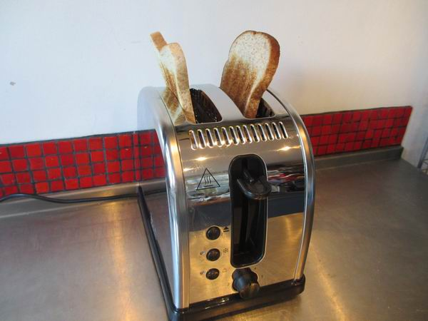 Russell Hobbs Legacy Toaster 5