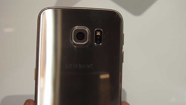 S6 Edge hands on pictures 23