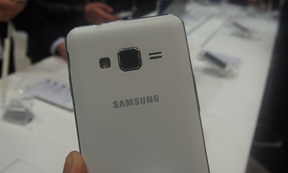 Samsung Z1 Phone  Review