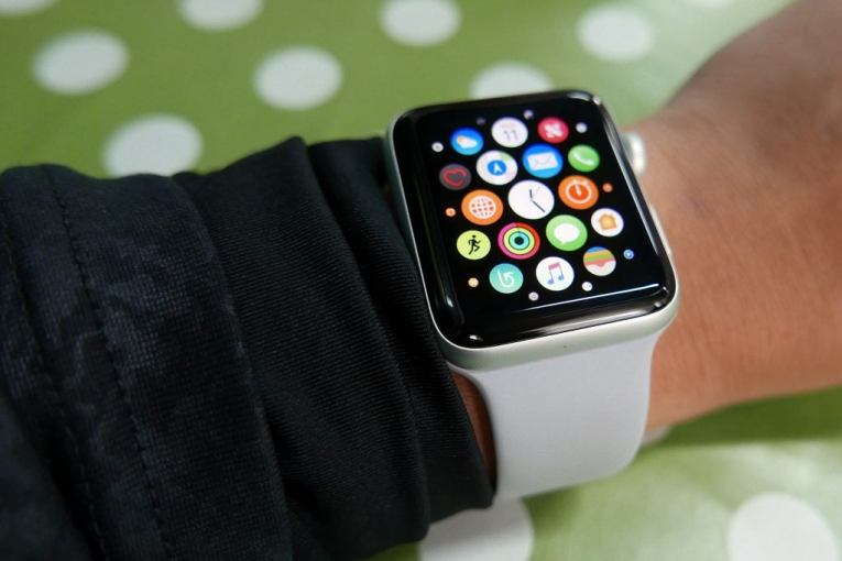 Start your fitness journey with this Apple Watch 3 price cut