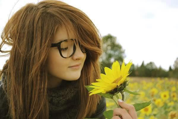 very cute girls with flowers in garden cool girls facebook profile pictures
