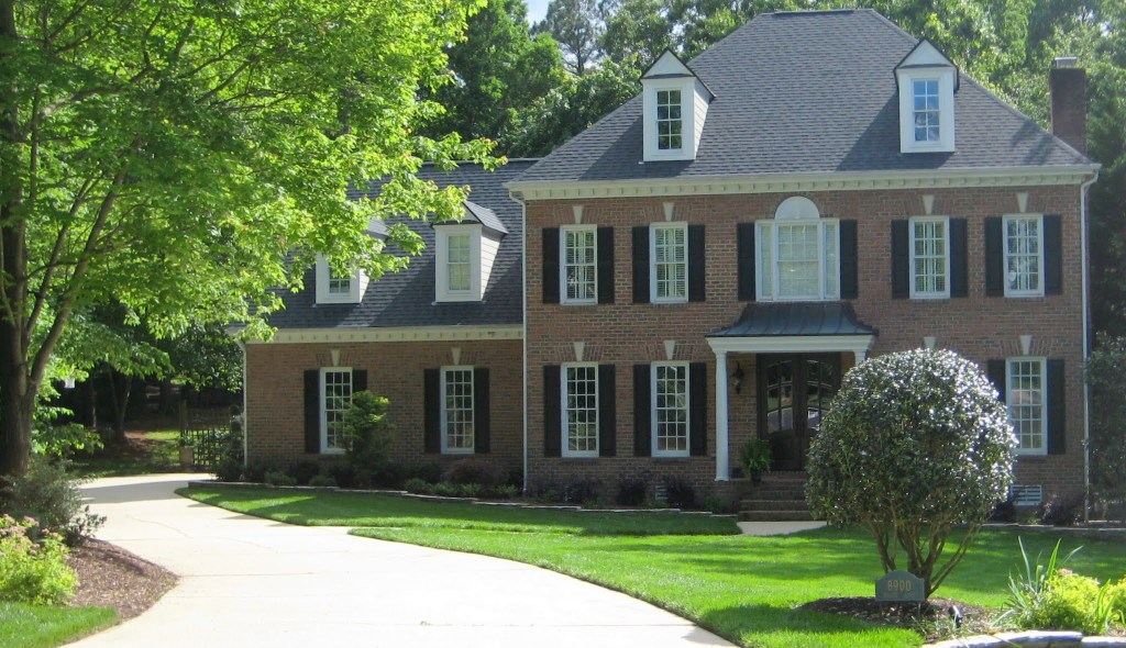 8900 White Ash Court, Best Raleigh Neighborhoods, Midtown, Bent Tree