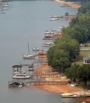 Lake Norman shoreline during 2007 drought