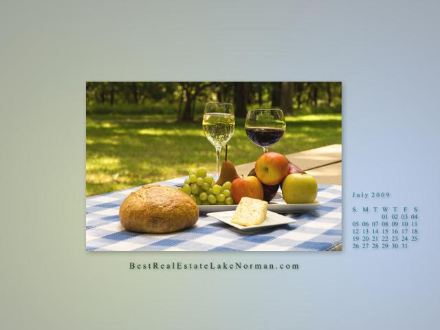 Lake Norman Real Estate's July 09Wallpaper Calendar