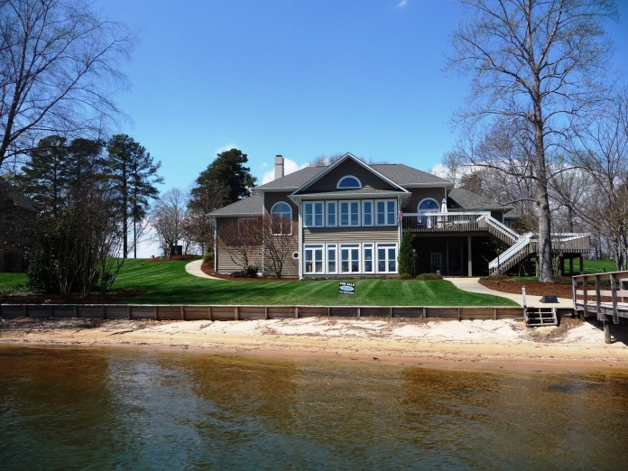 Lake Norman Waterfront Home in Mooresville