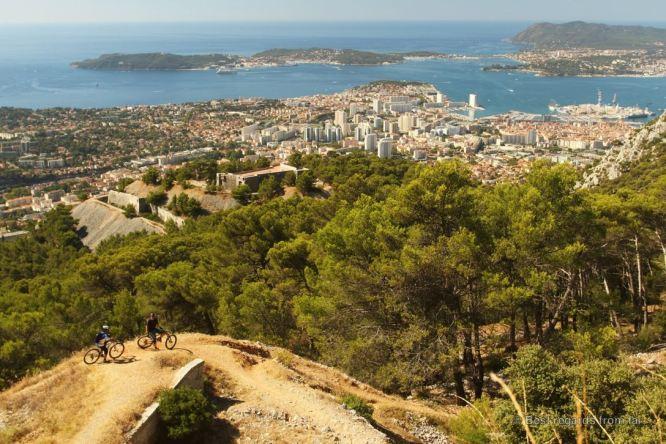 Mountain biking with a view, Toulon, French Riviera