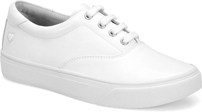 Top 10 Best White Shoes for Nurses