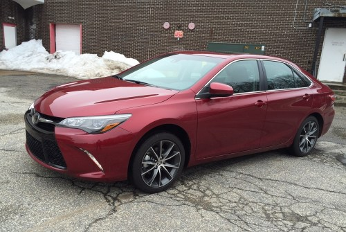 small resolution of review 2015 toyota camry sheds its ho hum image