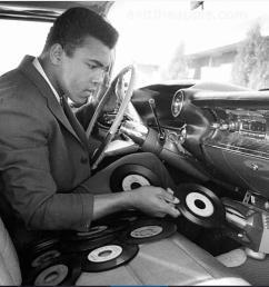 ali record player [ 935 x 960 Pixel ]