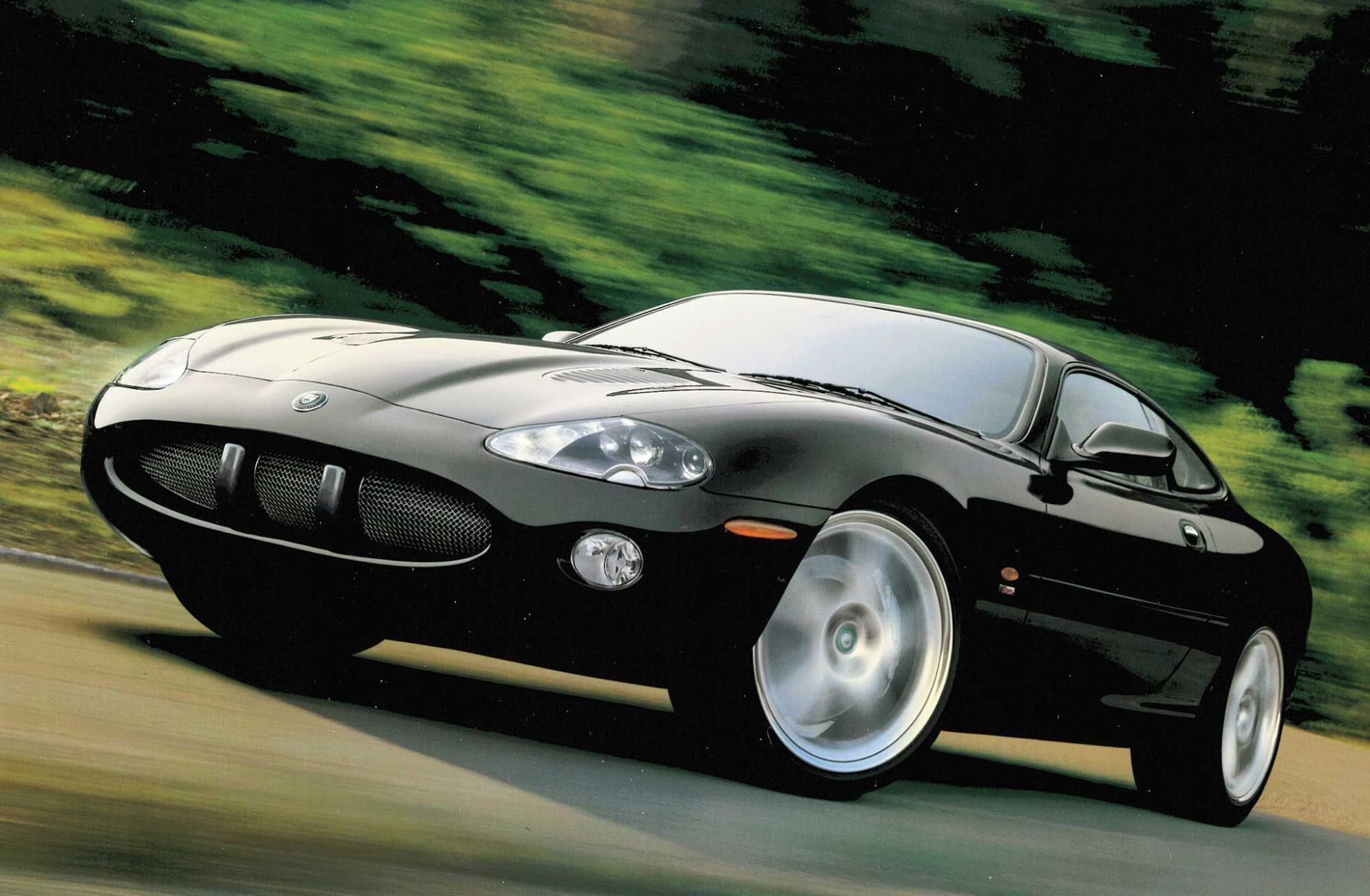 hight resolution of these cars were known internally as x100 and they were released at a pivotal time in jaguar s history in the 1980s the company was hemorrhaging money and