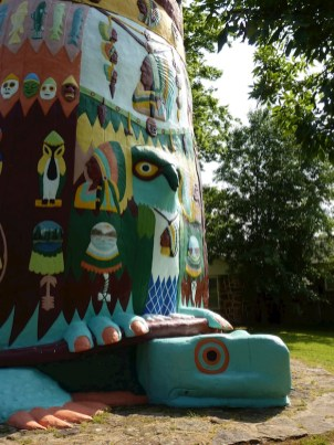 Ed Galloway's Totem Pole Park