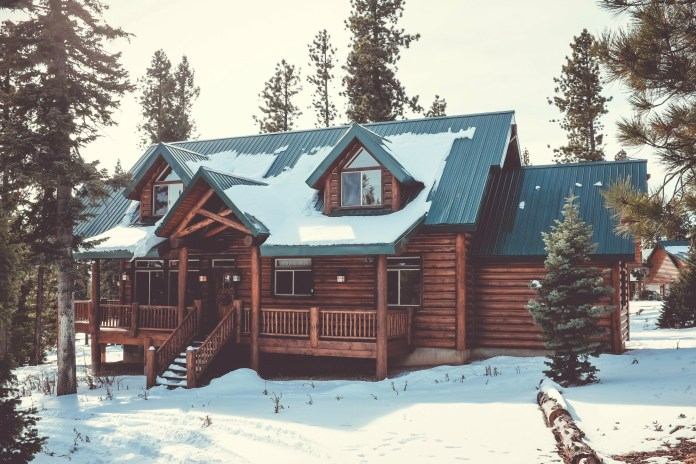 can roofing be done in winter
