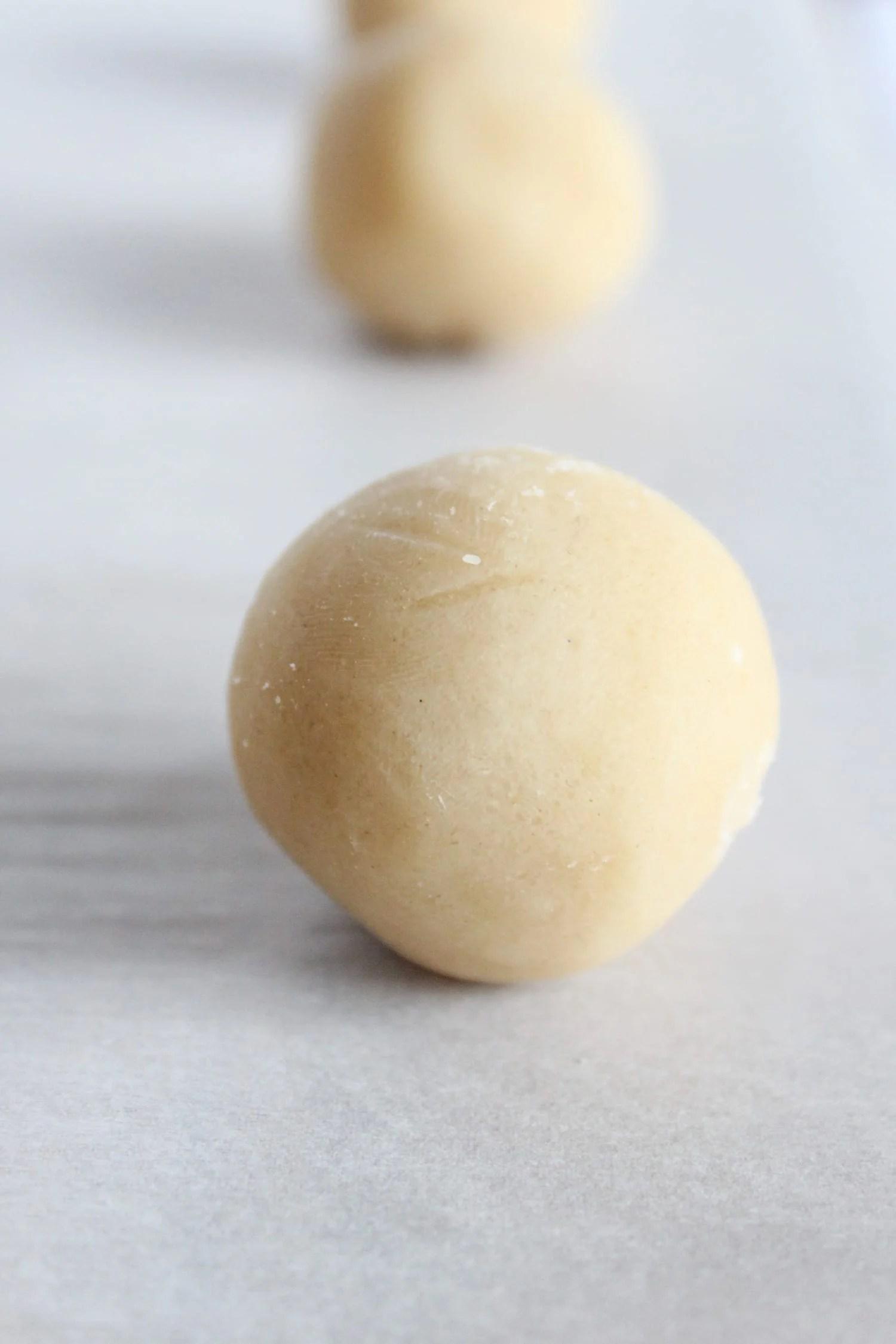 almond-shortbread-cookies
