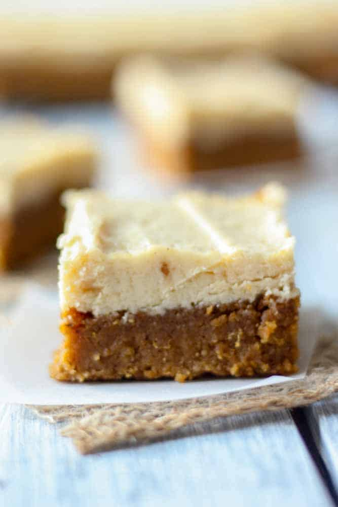 paleo pumpkin bars with maple frosting3