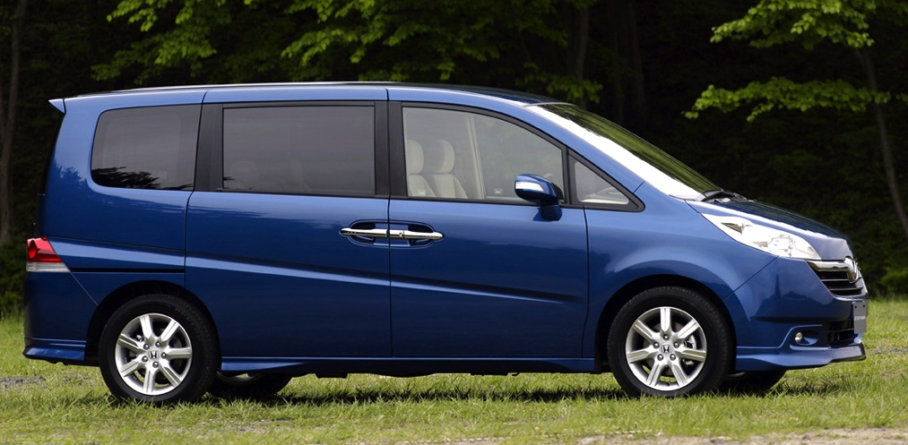 Japan 2005: Toyota Vitz threatens Corolla, Ractis starts strong   Best Selling Cars - Matt's blog