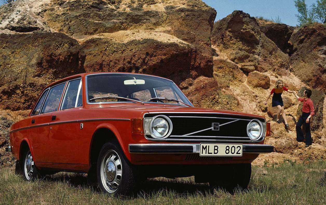 Sweden 1971-1974: Volvo 140 continues to dominate – Best Selling