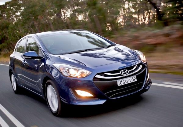 Hyundai i30 Australia March 2013