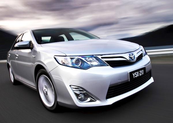 Toyota Camry Hybrid Australia December 2012