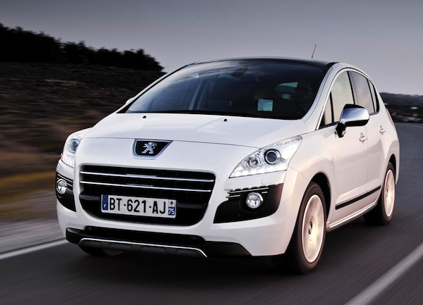 Peugeot 3008 France March 2013