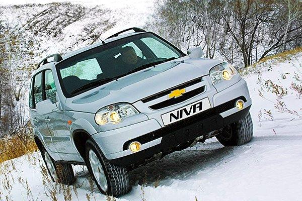 Chevrolet Niva Russia April 2013