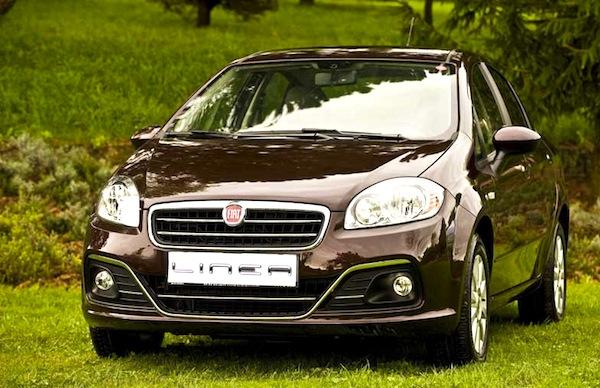 Fiat Linea Turkey May 2013. Picture courtesy of digitalcarmagazine.com.tr