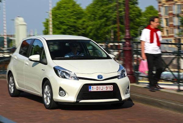 Toyota Yaris Hybrid France June 2013