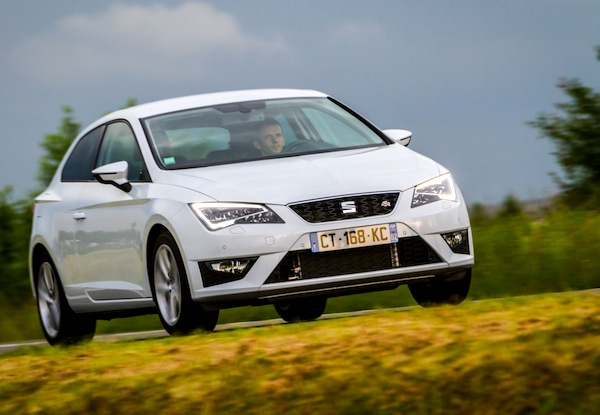 Seat Leon Europe April 2014. Picture courtesy of largus.fr