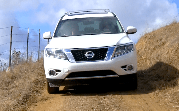 Nissan Pathfinder Oman June 2013. Picture courtesy of tflcar.com