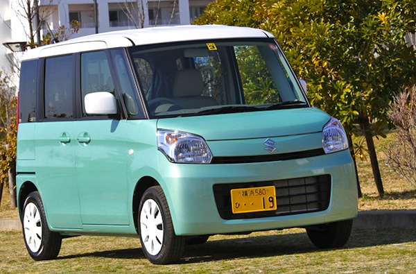 Suzuki Spacia Japan July 2013