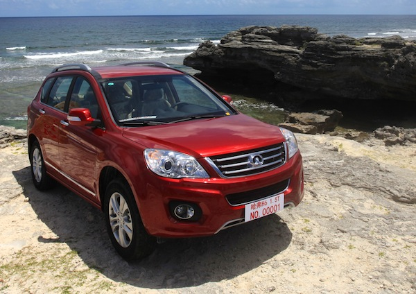 Great Wall Haval H6 China August 2013. Picture courtesy of eyuyao.com
