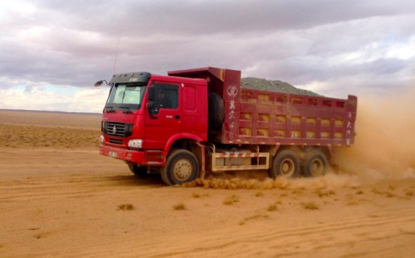 7 Sinotruk Truck Gobi