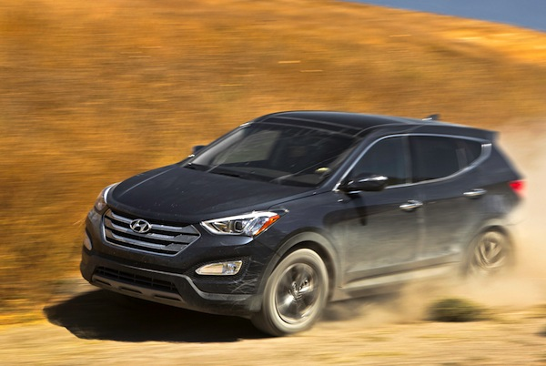 Hyundai Santa Fe Canada March 2014. Picture courtesy of motortrend.com