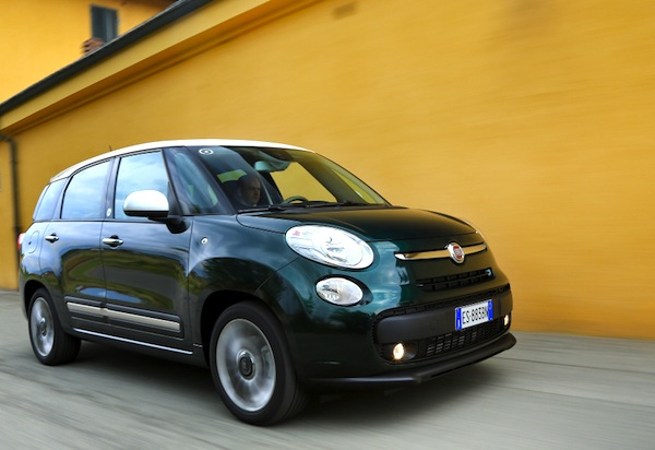 Fiat 500L Living Spain October 2013. Picture courtesy of largus.fr