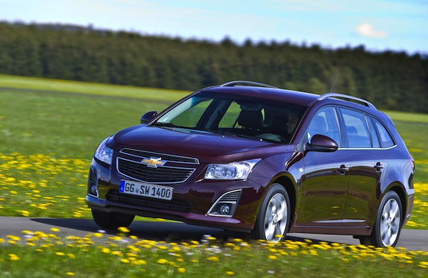 Chevrolet Cruze Iceland November 2013. Picture courtesy of largus.fr