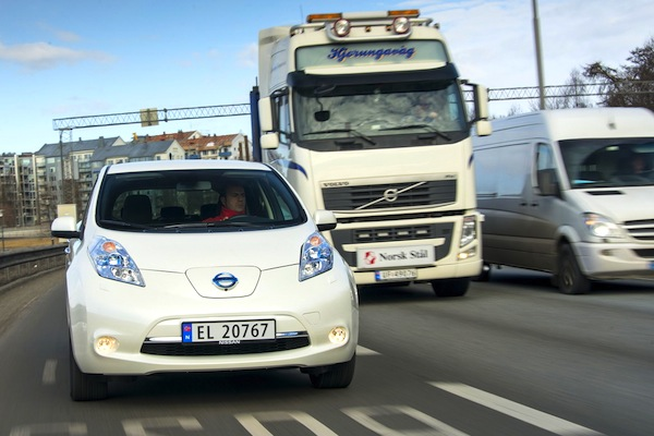 Nissan Leaf Norway November 2013. Picture courtesy of largus.fr