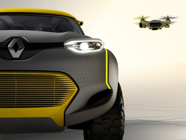 Renault Kwid and drone 1